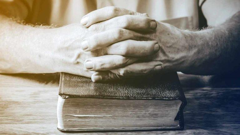 Toda a Escritura é inspirada ou SOMENTE a Escritura?